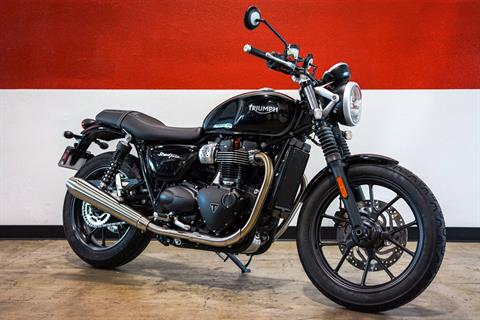 2017 Triumph Street Twin in Brea, California