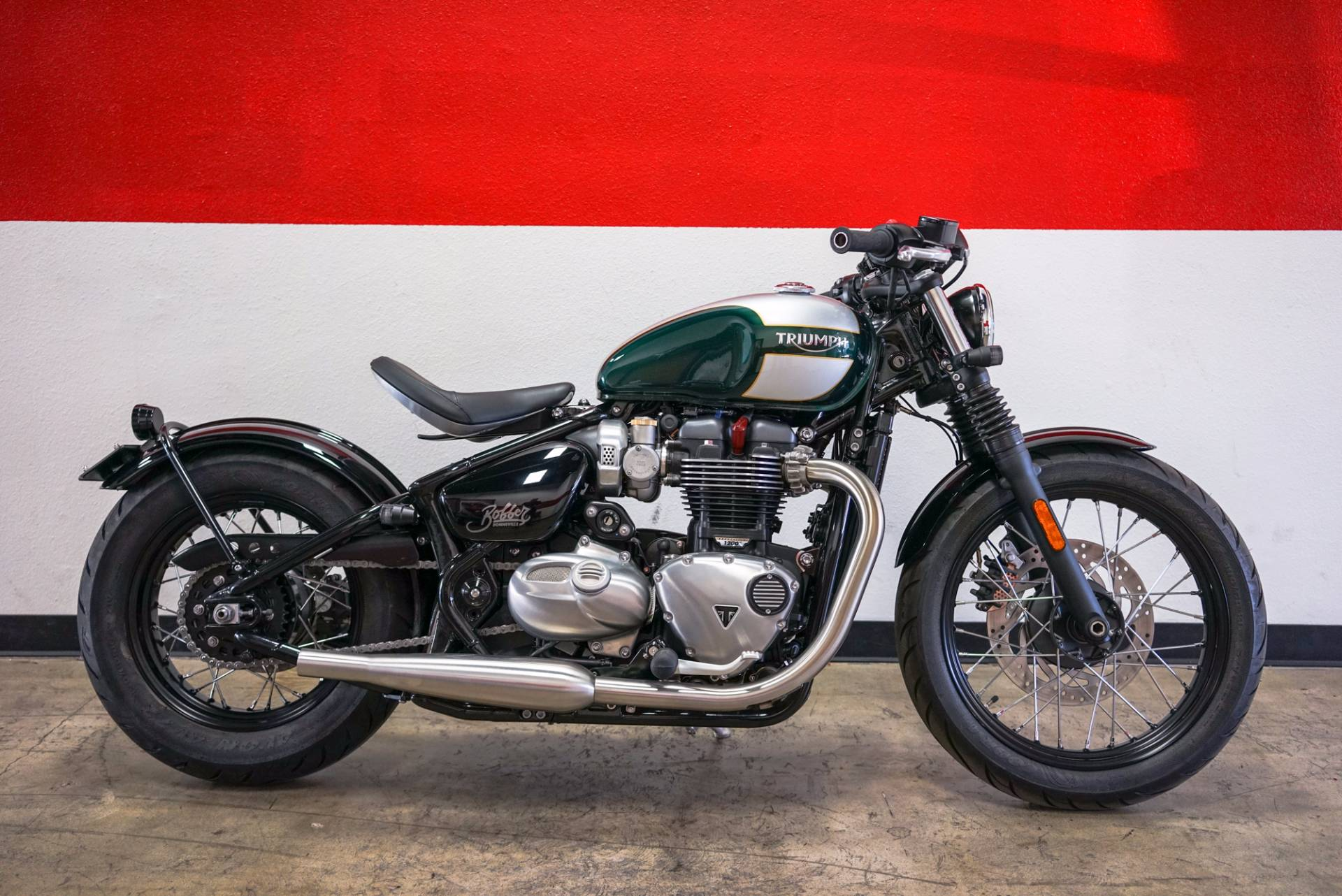 Brutally beautiful the new Bonneville Bobber is a genuine factory custom It perfectly encapsulat