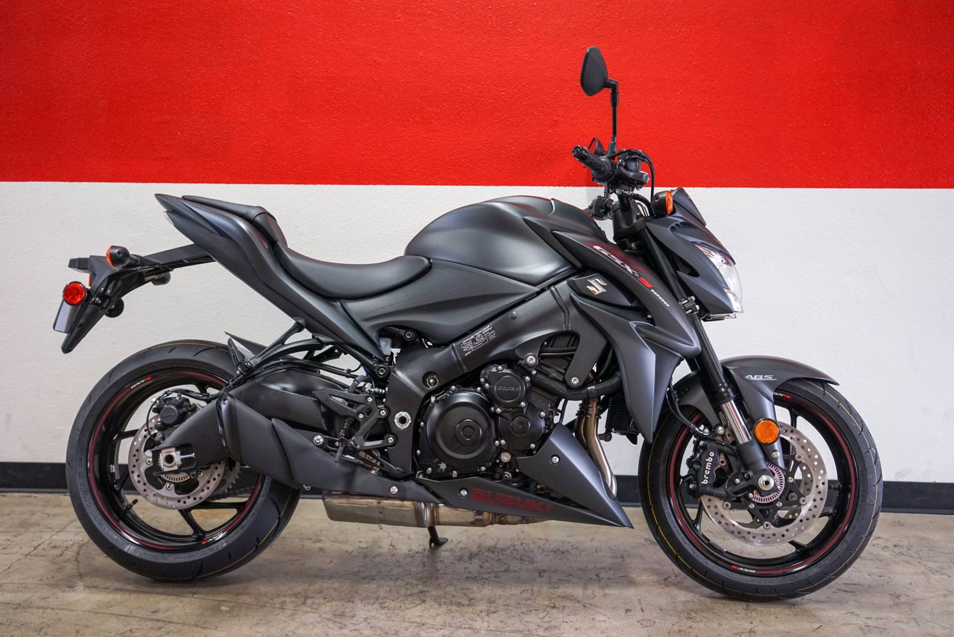 As much as a GSX-R1000 owns the racetrack the 2018 GSX-S1000Z owns the street Developed using th