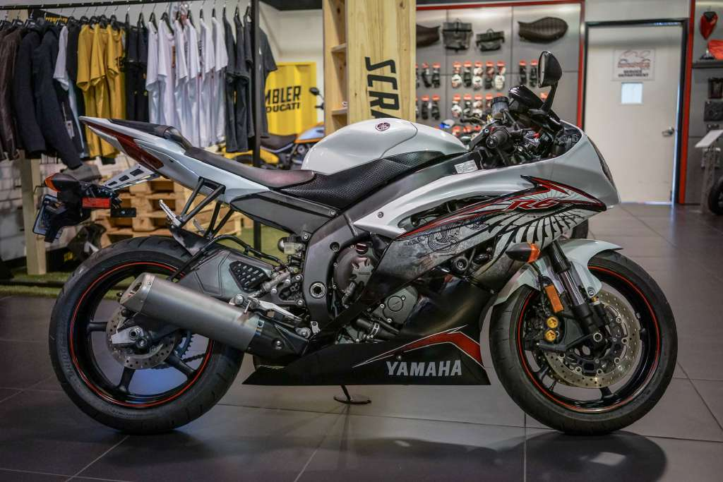 2012 Yamaha YZF-R6 in Brea, California