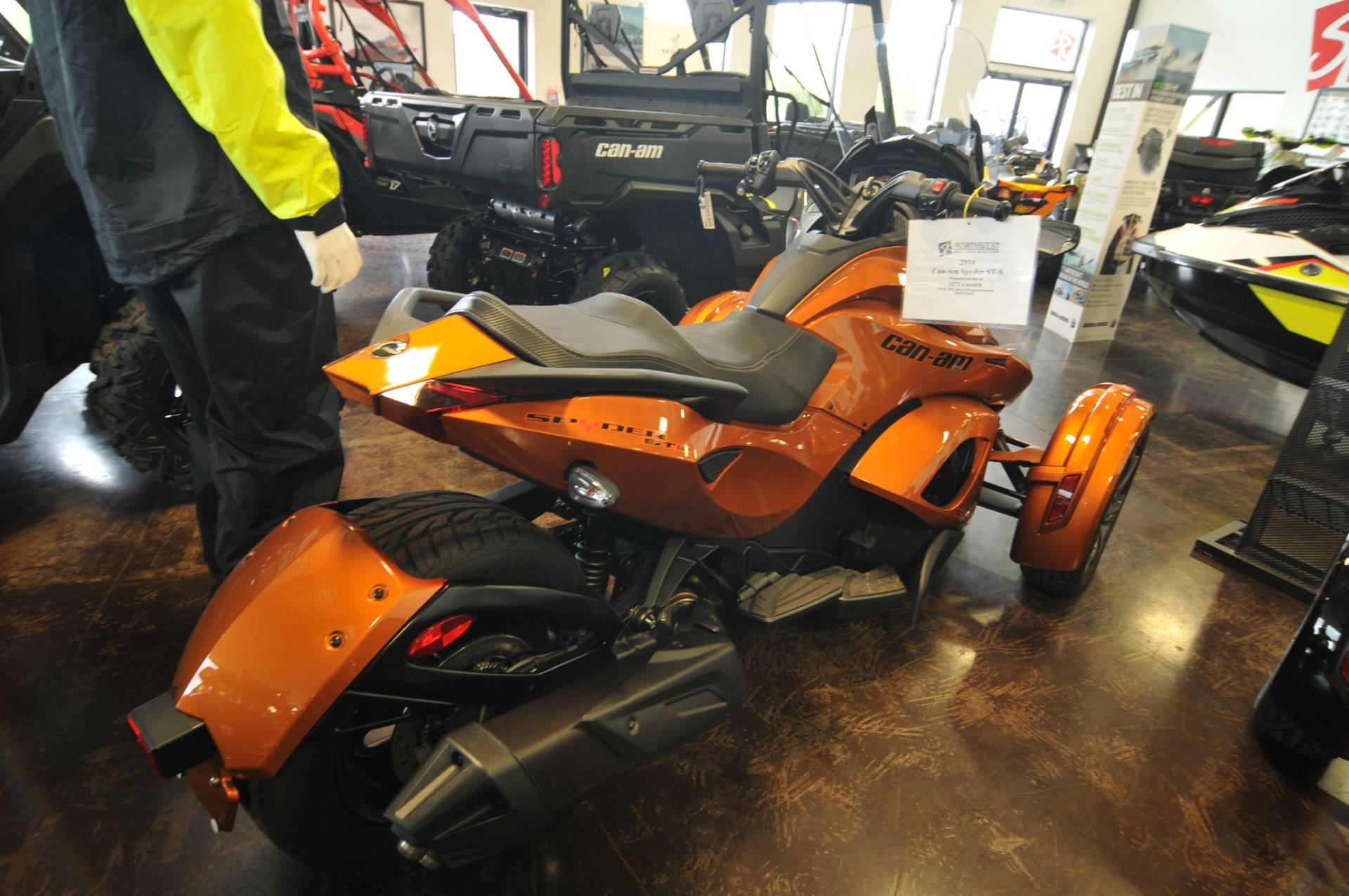 2014 Can-Am Spyder® ST-S SE5 in Portland, Oregon