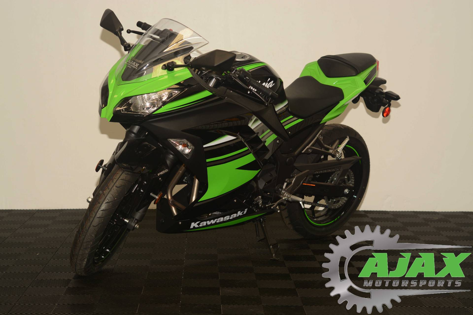 2016 Kawasaki Ninja 300 ABS KRT Edition in Oklahoma City, Oklahoma