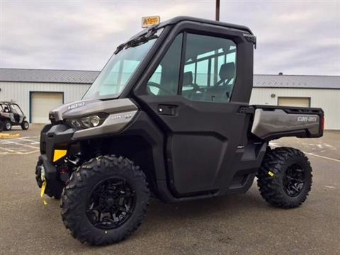 2017 Can-Am Defender XT CAB HD10 in Cambridge, Ohio