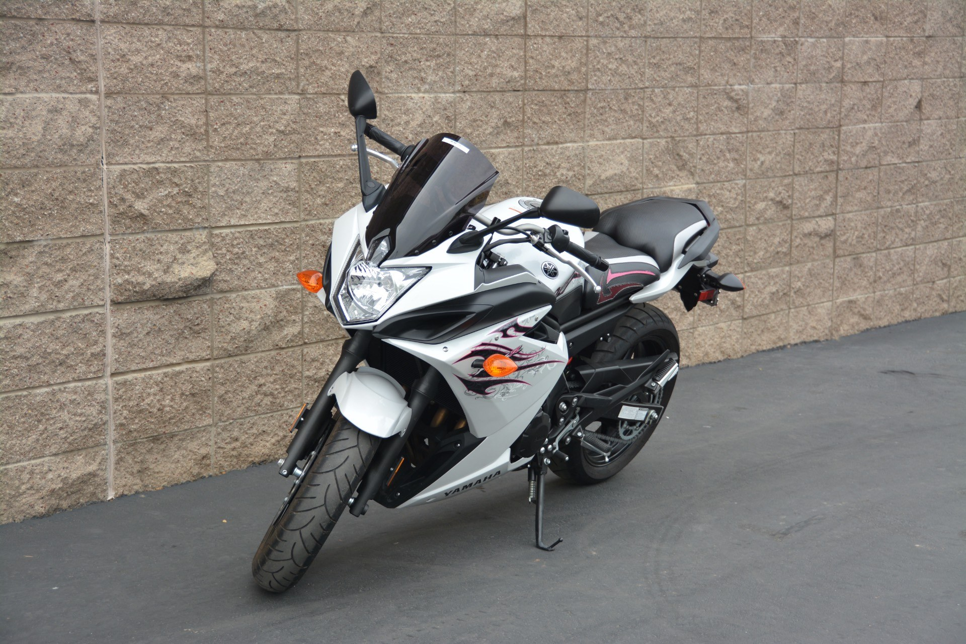 2009 Yamaha FZ6R in Roseville, California