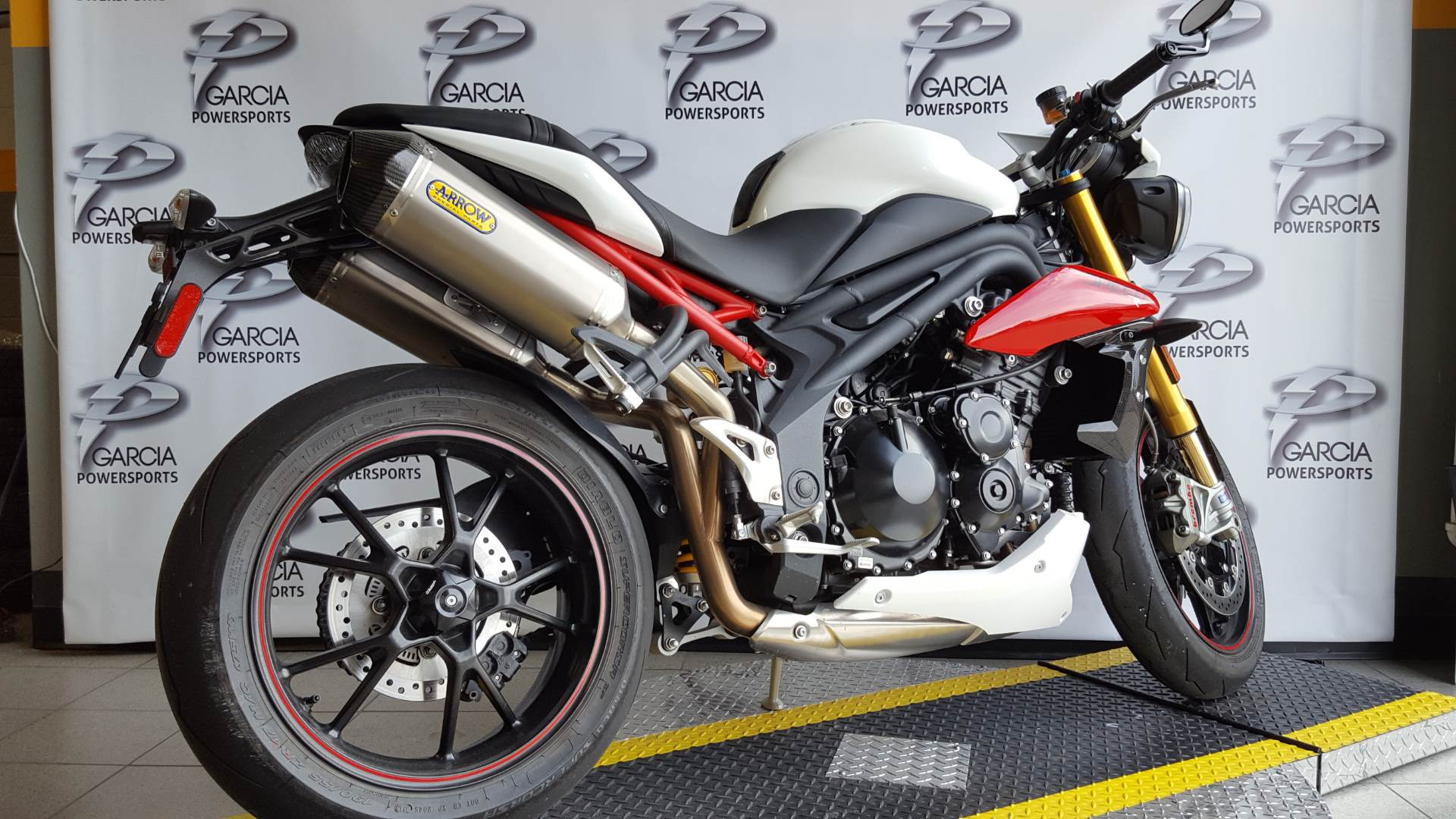 2014 Triumph Speed Triple R ABS in Albuquerque, New Mexico