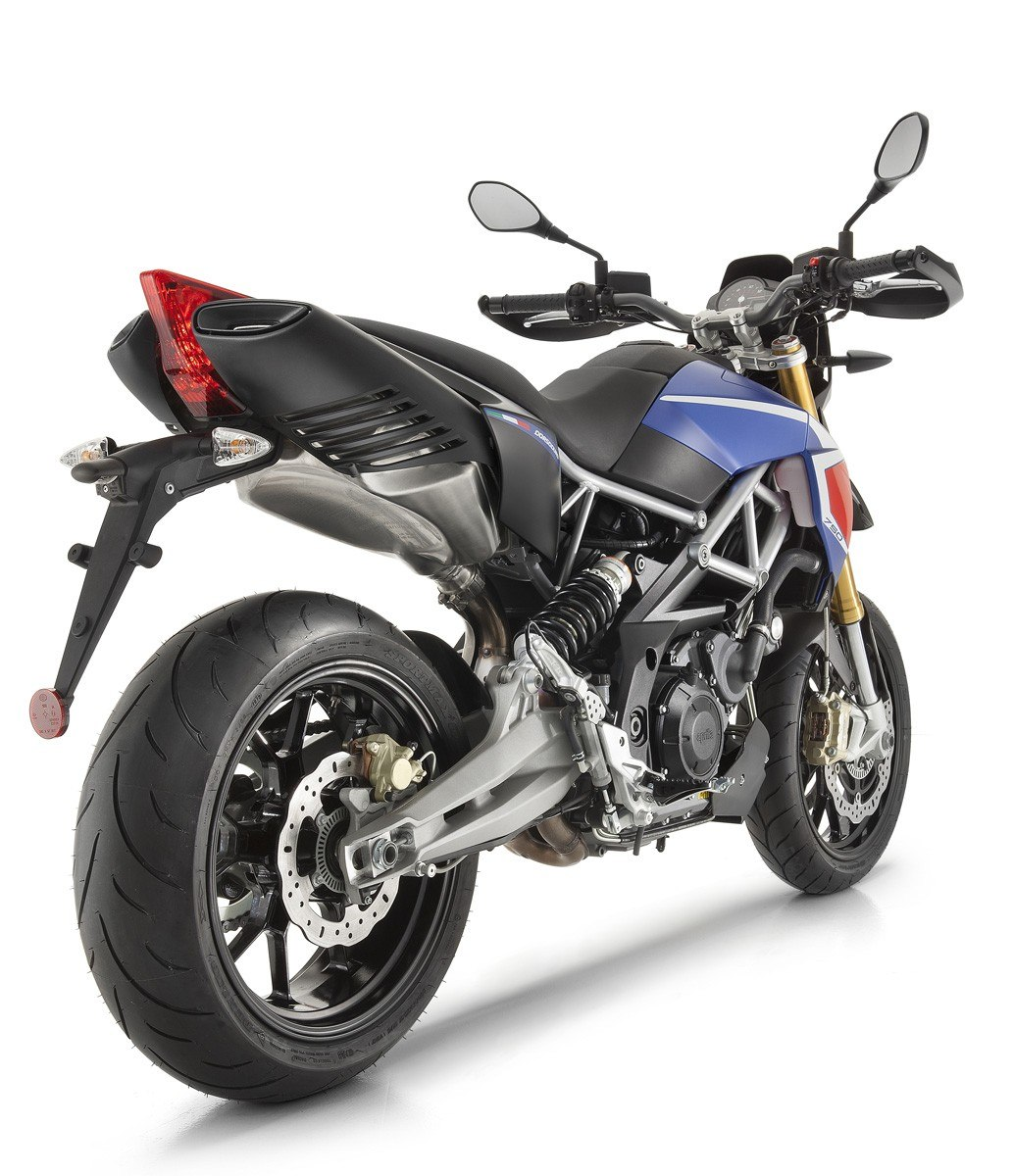 2016 Aprilia Dorsoduro 750 ABS in Greenwood Village, Colorado