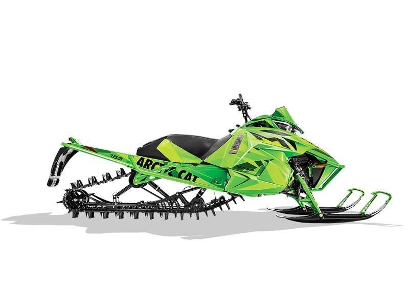 "2016 Arctic Cat M 8000 153"" Limited in Elkhart, Indiana"
