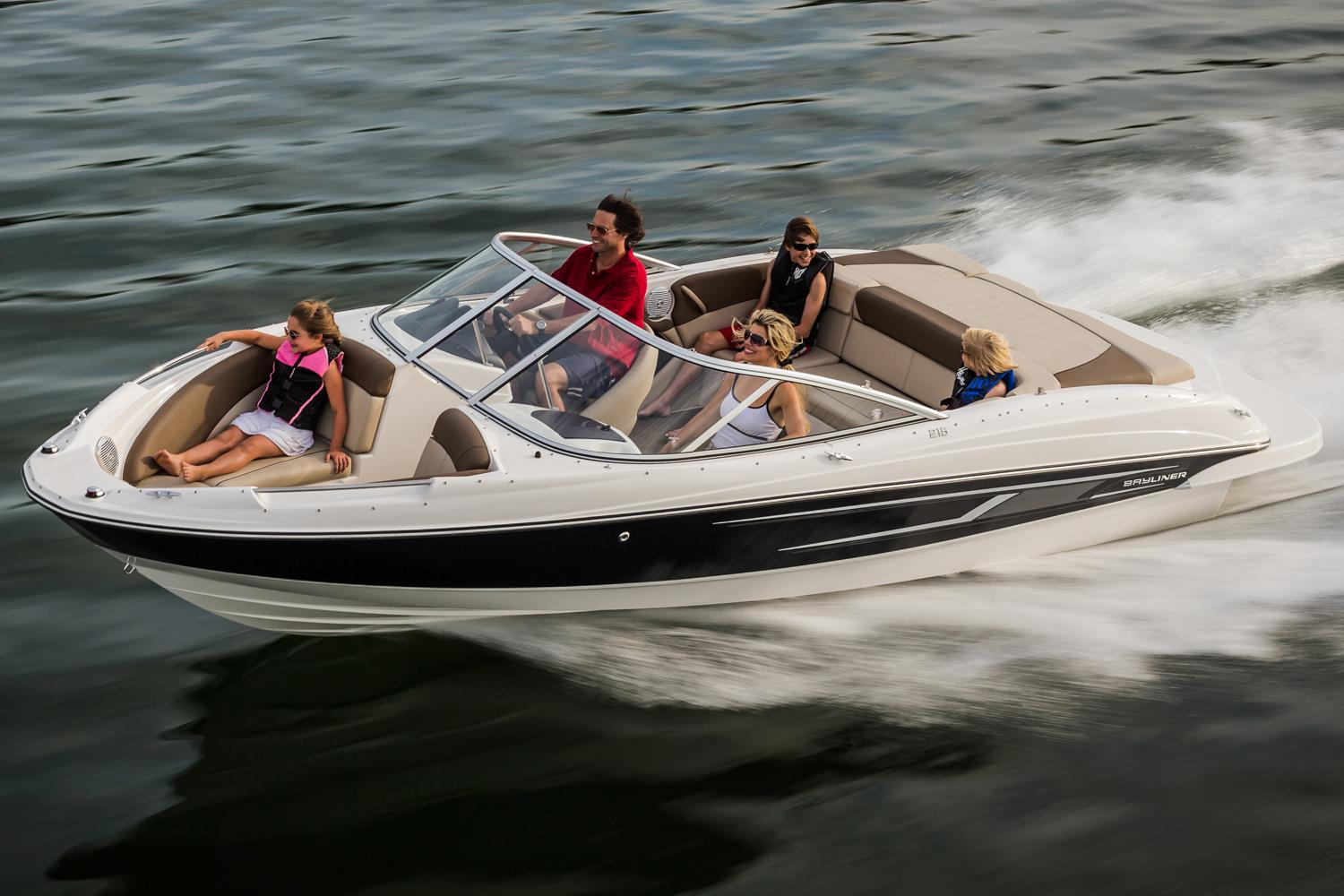 2015 Bayliner 215 Bowrider in Fort Smith, Arkansas