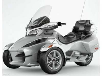 2010 Can-Am Spyder® RT Audio & Convenience SE5 in Honesdale, Pennsylvania