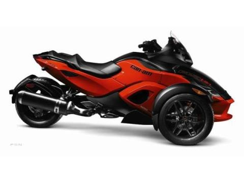 2012 Can-Am Spyder® RS-S SE5 in Elizabethton, Tennessee