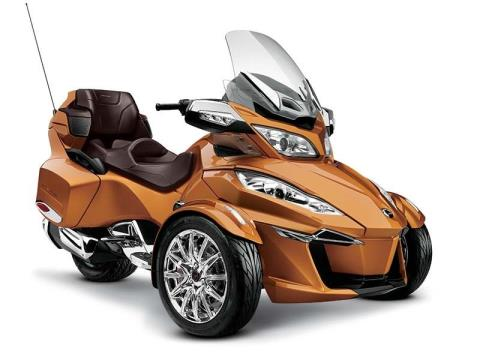 2014 Can-Am Spyder® RT Limited in Roscoe, Illinois