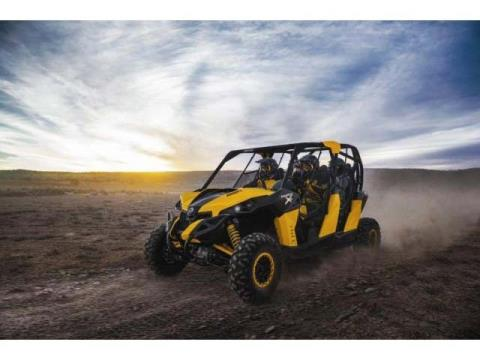 2014 Can-Am Maverick™ Max X® rs DPS™ 1000R in Presque Isle, Maine