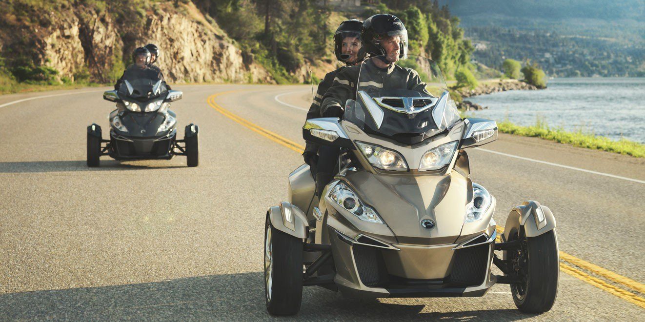 2017 Can-Am Spyder RT SM6 in Leesville, Louisiana