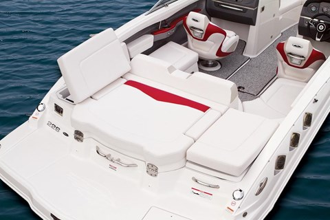 2015 Chaparral 226 SSi in Round Lake, Illinois