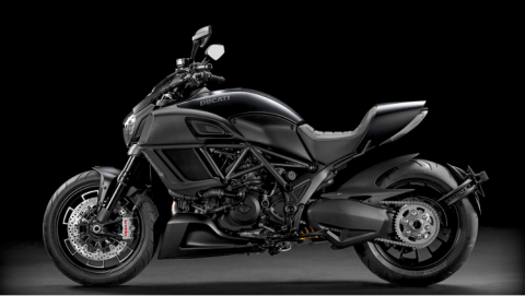 2015 Ducati Diavel in Daytona Beach, Florida