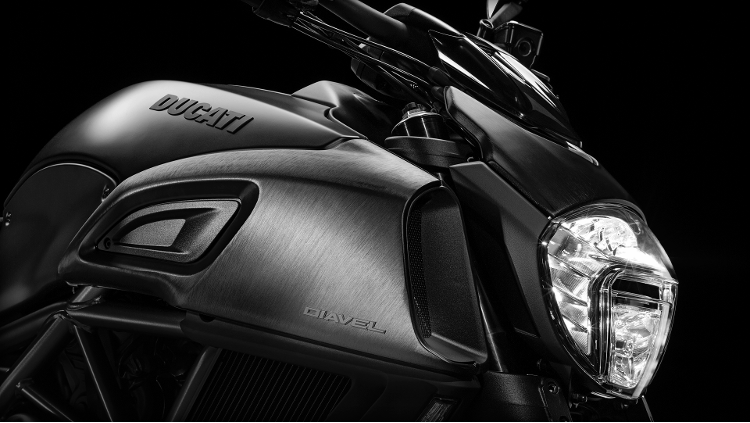 2015 Ducati Diavel in Medford, Massachusetts