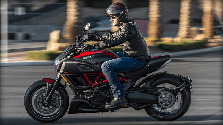 2015 Ducati Diavel Carbon in Oakdale, New York