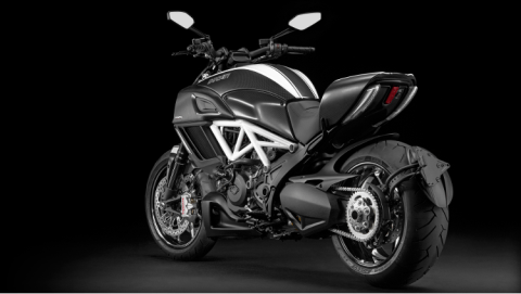 2015 Ducati Diavel Carbon in Medford, Massachusetts