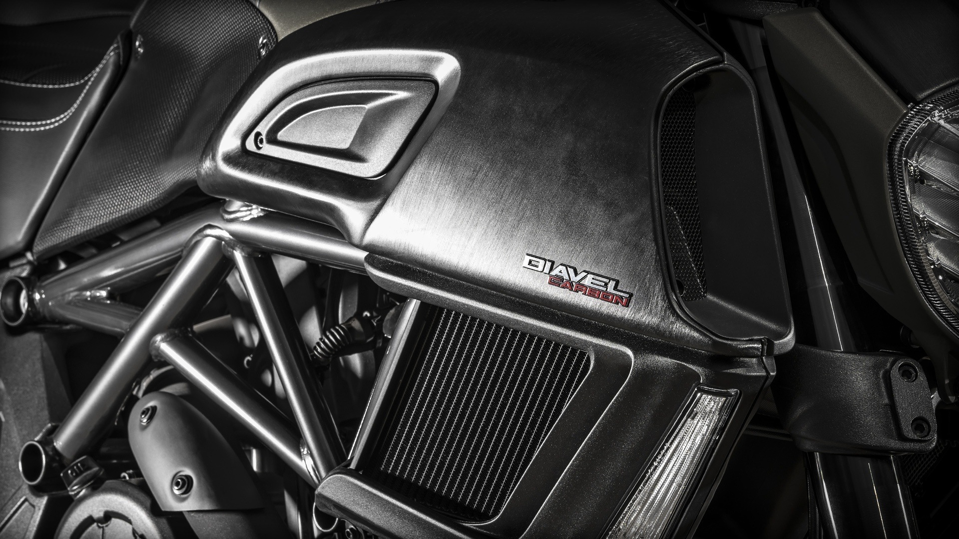 2016 Ducati Diavel Carbon in Medford, Massachusetts