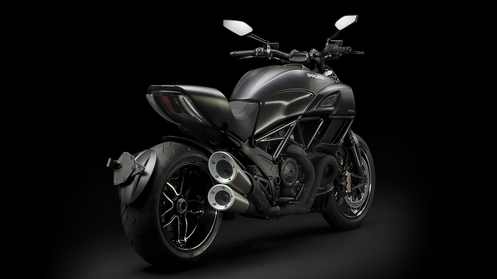 2017 Ducati Diavel Carbon in Northampton, Massachusetts