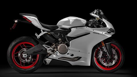 2017 Ducati Superbike 959 Panigale (US version) in Orlando, Florida