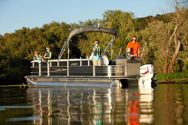 2016 Evinrude Pontoon E90SNL in Sparks, Nevada