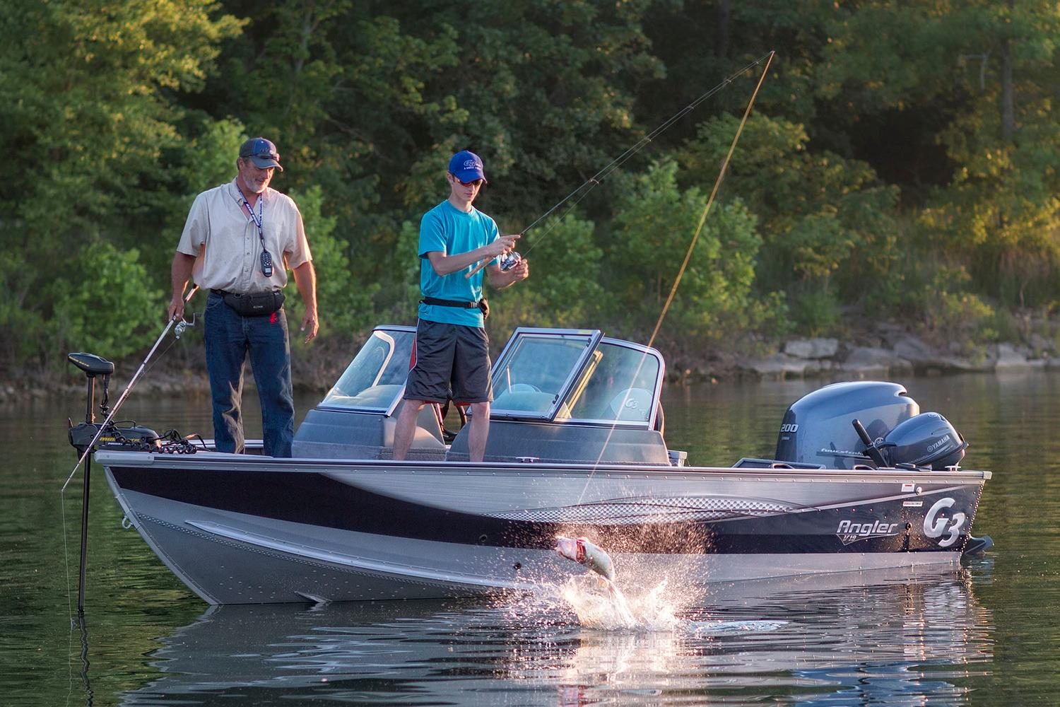 2017 G3 Angler V19 SF in Bryant, Arkansas