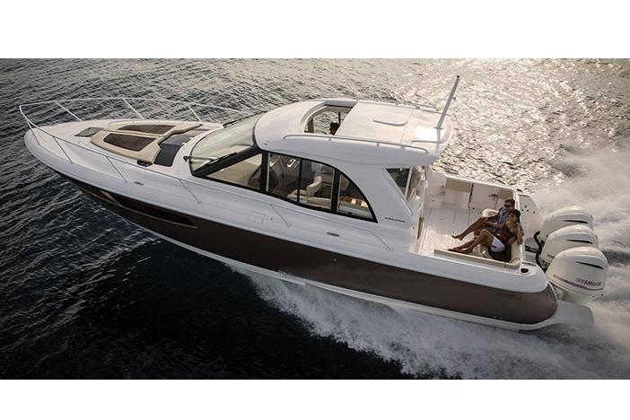 2017 Glasstream 410 Evolution in Holiday, Florida