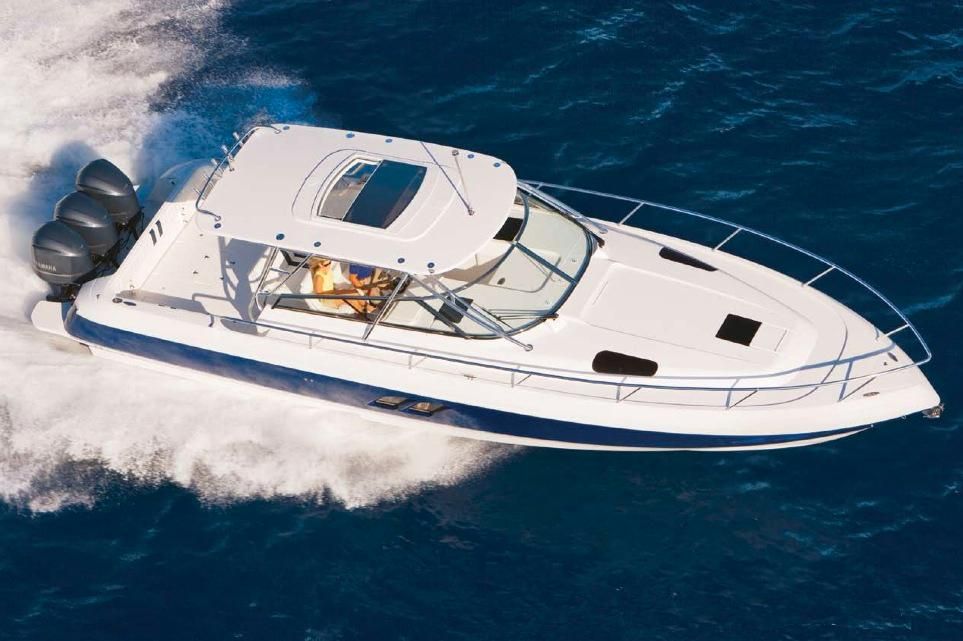 2017 Glasstream 430 Sport Yacht in Holiday, Florida