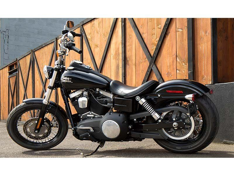 2015 Harley-Davidson Street Bob® in Bridgeport, West Virginia