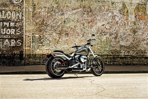 2016 Harley-Davidson Breakout® in Scottsdale, Arizona