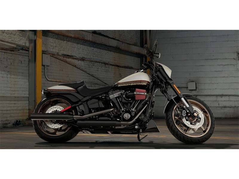 2016 Harley-Davidson CVO™ Pro Street Breakout® in Pittsfield, Massachusetts