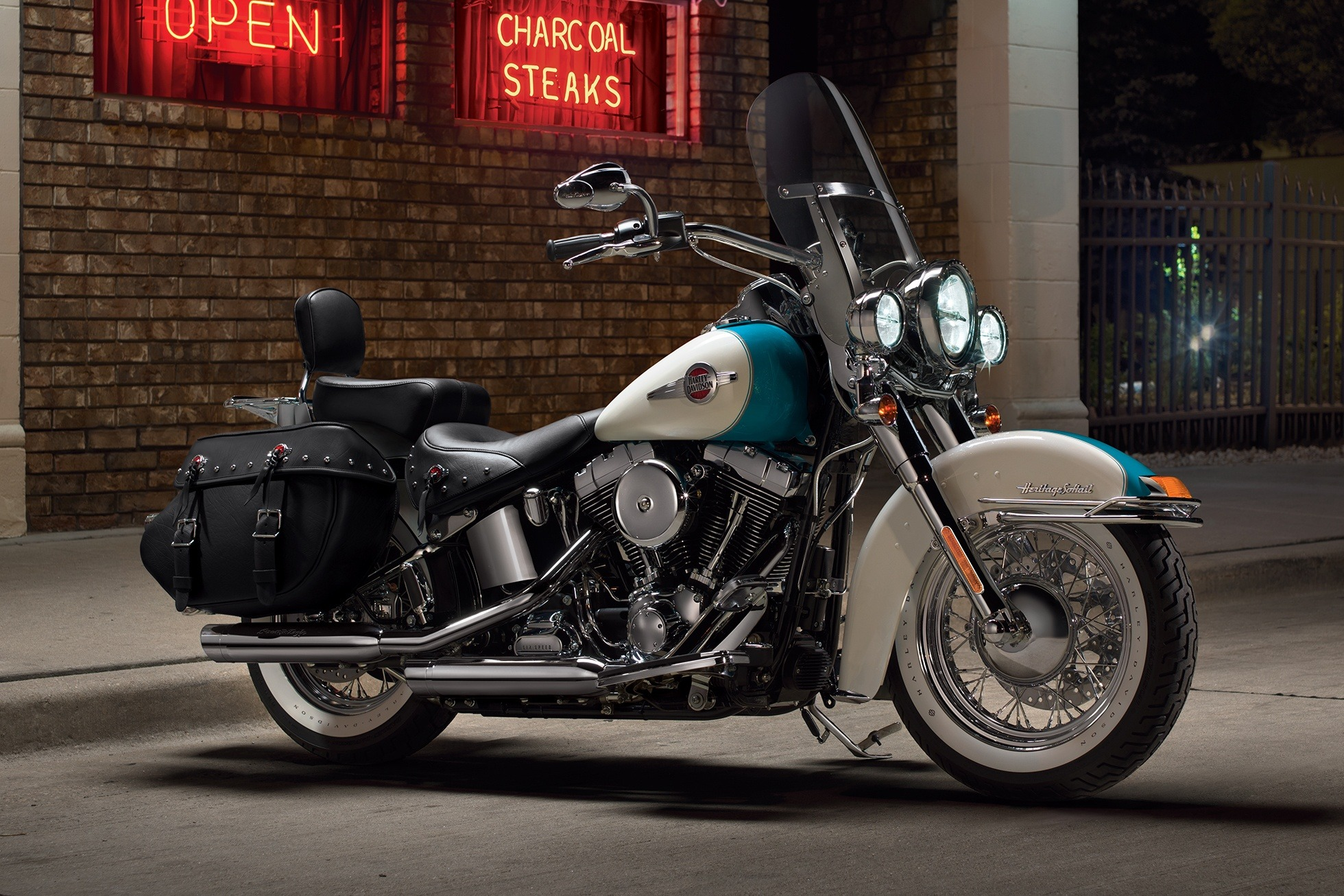 2016 Harley-Davidson Heritage Softail® Classic in Scottsdale, Arizona