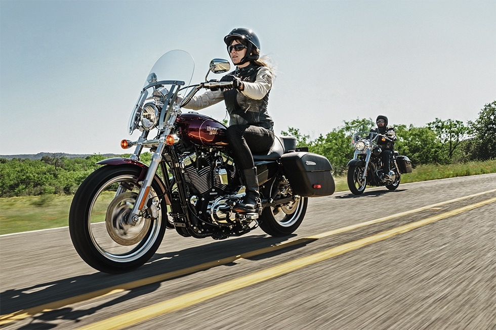 2016 Harley-Davidson SuperLow® 1200T in Traverse City, Michigan
