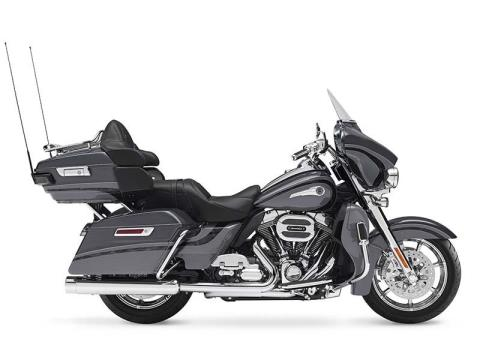 2016 Harley-Davidson CVO™ Limited in Johnstown, Pennsylvania