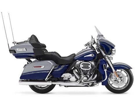 2016 Harley-Davidson CVO™ Limited in Mankato, Minnesota