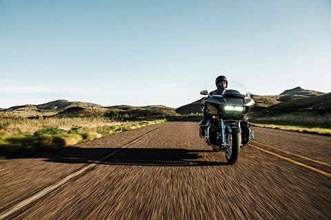 2016 Harley-Davidson CVO™ Road Glide™ Ultra in Green River, Wyoming