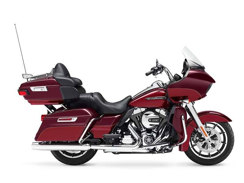 2016 Harley-Davidson Road Glide® Ultra in Medford, Oregon