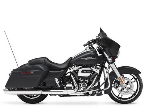 2017 Harley-Davidson Street Glide® Special in Junction City, Kansas