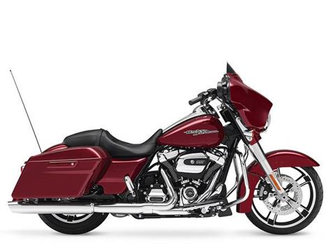 2017 Harley-Davidson Street Glide® Special in Mentor, Ohio