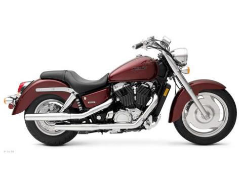 2007 Honda Shadow Sabre™ in Beloit, Wisconsin