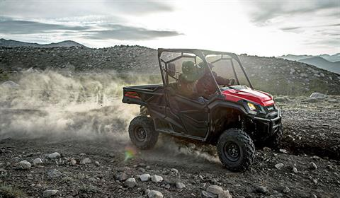 2018 Honda Pioneer 1000-5 Deluxe in Monroe, Michigan