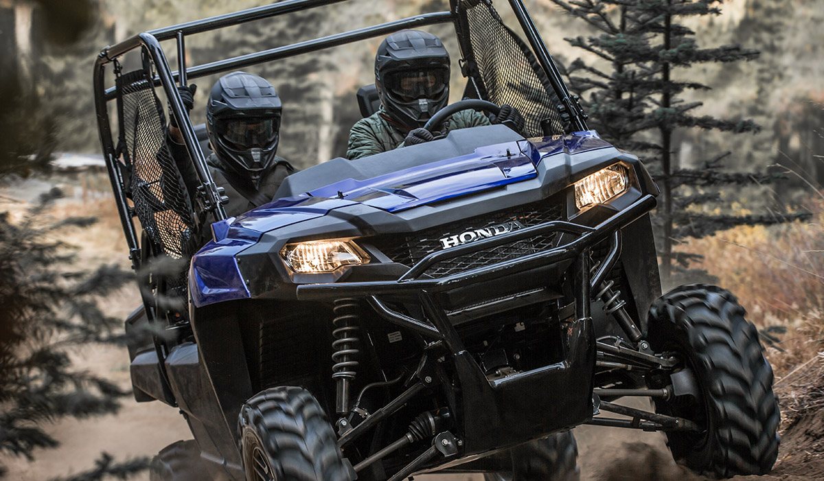 2018 Honda Pioneer 700-4 Deluxe in Olive Branch, Mississippi