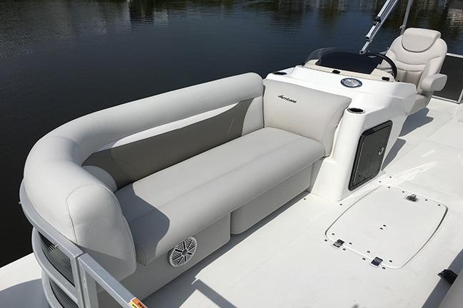 2017 Hurricane FunDeck 216F in Lake City, Florida