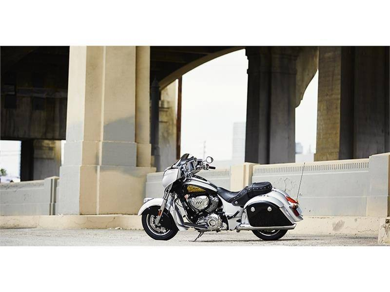 2017 Indian Chieftain® in Hollister, California