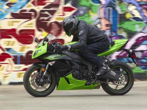 2011 Kawasaki Ninja® ZX™-6R in Virginia Beach, Virginia - Photo 15