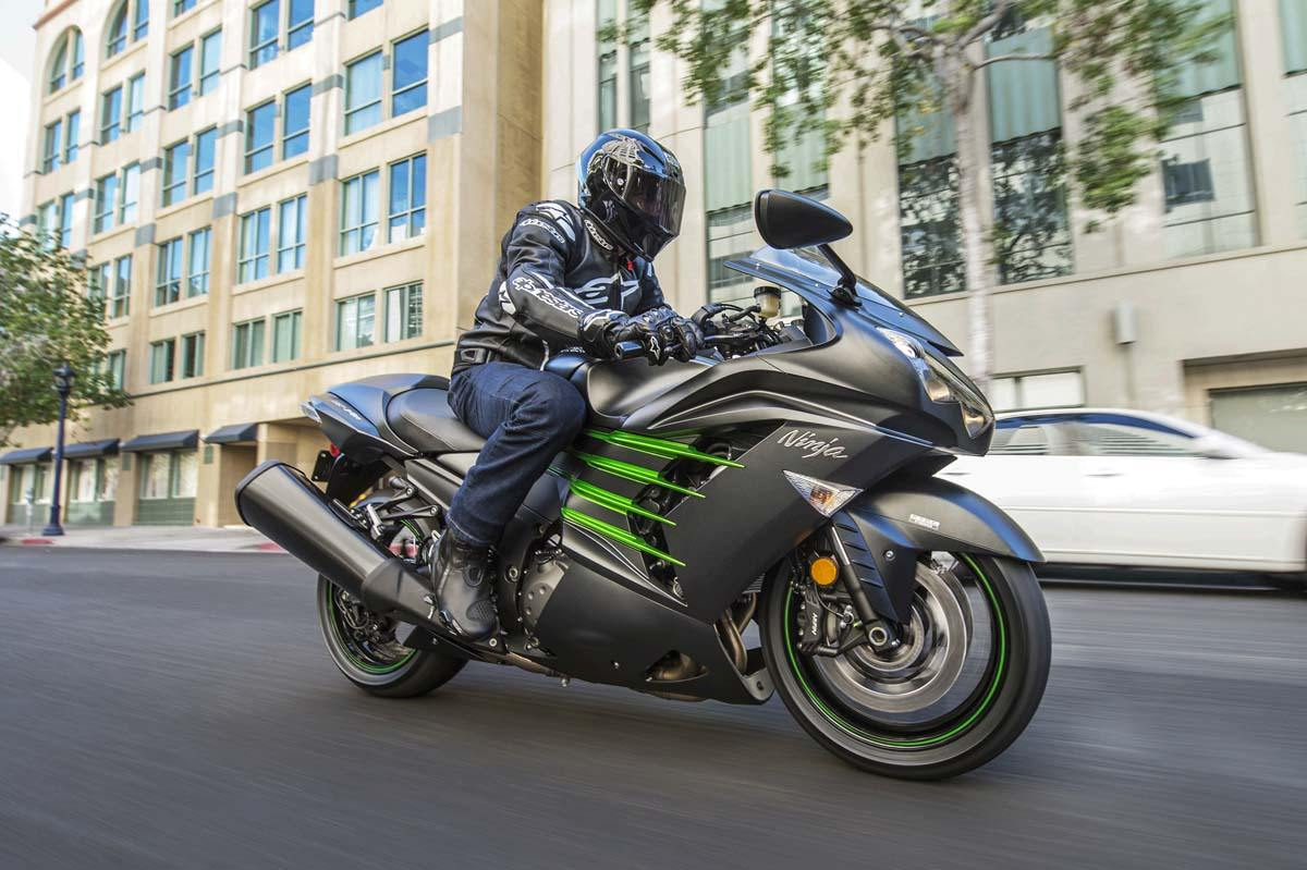 2015 Kawasaki Ninja® ZX™-14R ABS in Highland Springs, Virginia