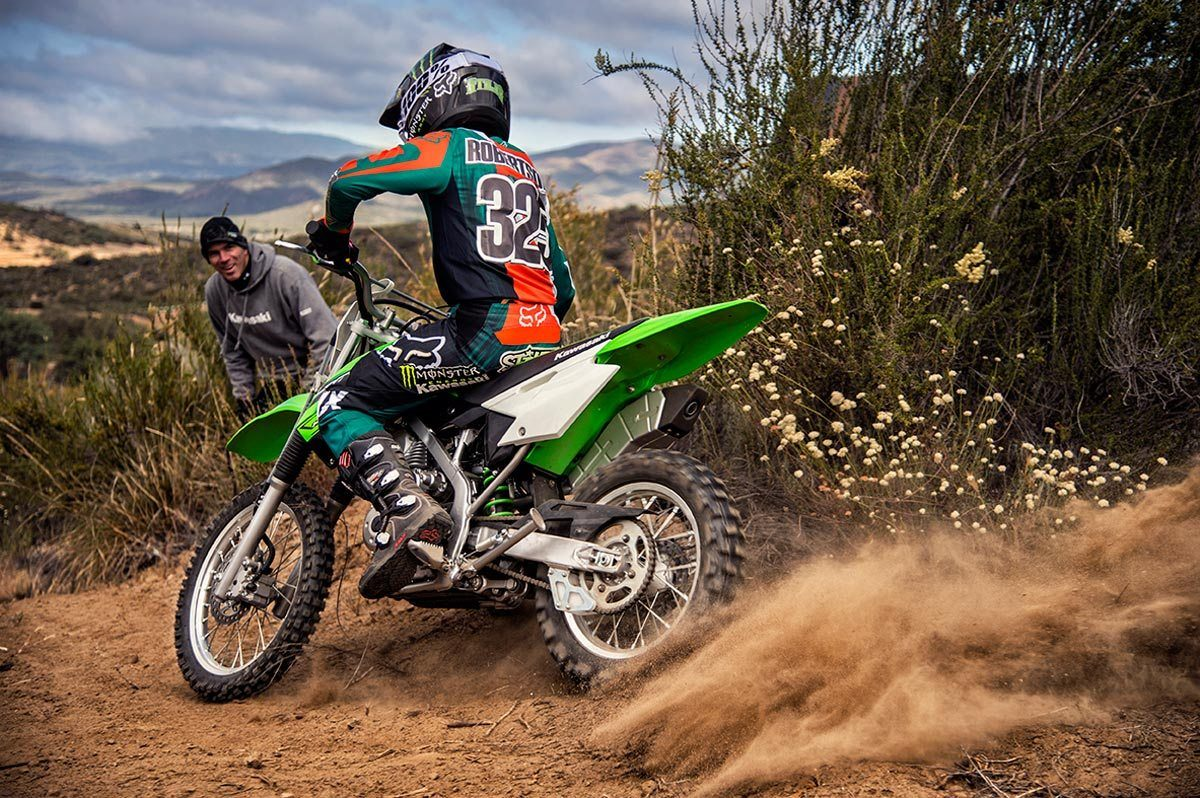 2016 Kawasaki KLX140 in Bakersfield, California