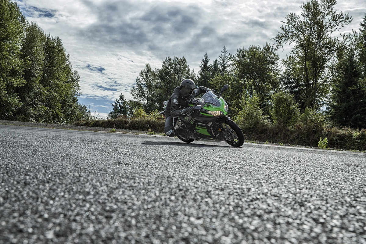 2016 Kawasaki Ninja 300 ABS KRT Edition in Hickory, North Carolina