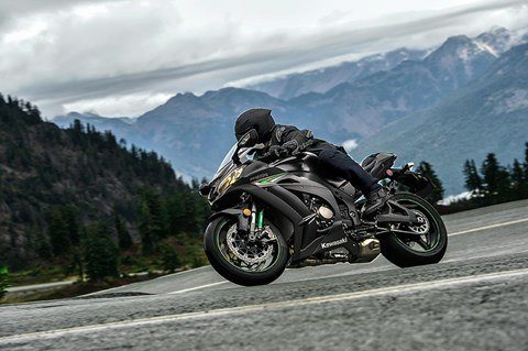 2016 Kawasaki Ninja ZX-10R ABS in Winterset, Iowa